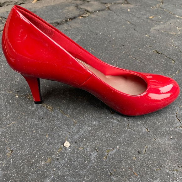 8.5 Red Comfort Plus High Heeled Shoes